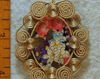 Vintage Glass Cameo Wire Wrapped Filigree Pendant