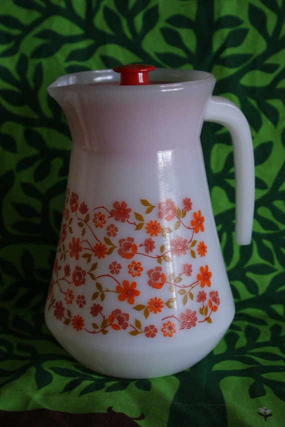 Vintage 70s Arcopal pyrex glass coffee pot, juice jug
