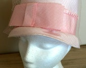 sale 20% off all vintage hats ... TOP HAT PINK Pretty Bow front lovely Vintage ...