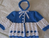 Hand-knitted hooded jacket with blue / white