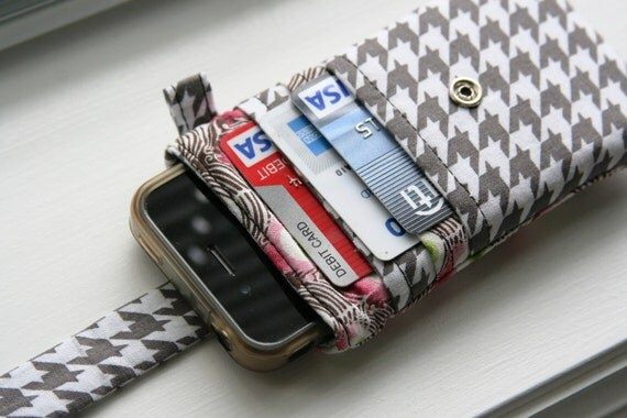 iPhone wallet / iPhone Sleeve / iPhone Case / iPhone 4s / iPhone 5 - Houndstooth and Feathers