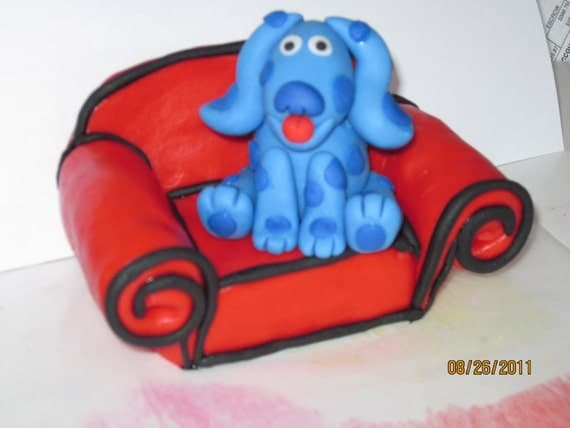 Fondant Blue and her Thinking Chair