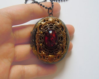 A Touch From Sooyoung-- Elegant Gothic Lolita Locket.Christmas gift.Mother's Day gift