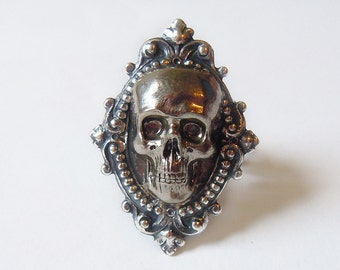 Hamlet's Yorick---Skull Ring.Christmas gift
