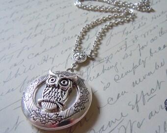 OWL Elegant Gothic Lolita Locket: Silver Owl Locket
