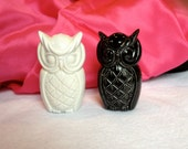 Vintage Mod Black and White Double-Sided Owl Ceramic Salt and Pepper Shakers