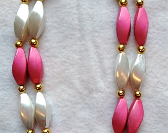 Awesomely Vintage Pink and Cream Beaded Lucite Necklace