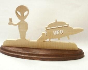 alien ufo hitch hicker ufo scrollsaw