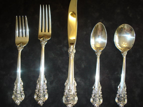 Wallace Sterling Silver Grand Baroque Dinnerware Service for 8 Plus beautiful Serving Spoon