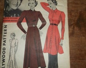 Hollywood Pattern. One-Piece Frock or Two Piece Tunic Frock. 1940's era. No.1232