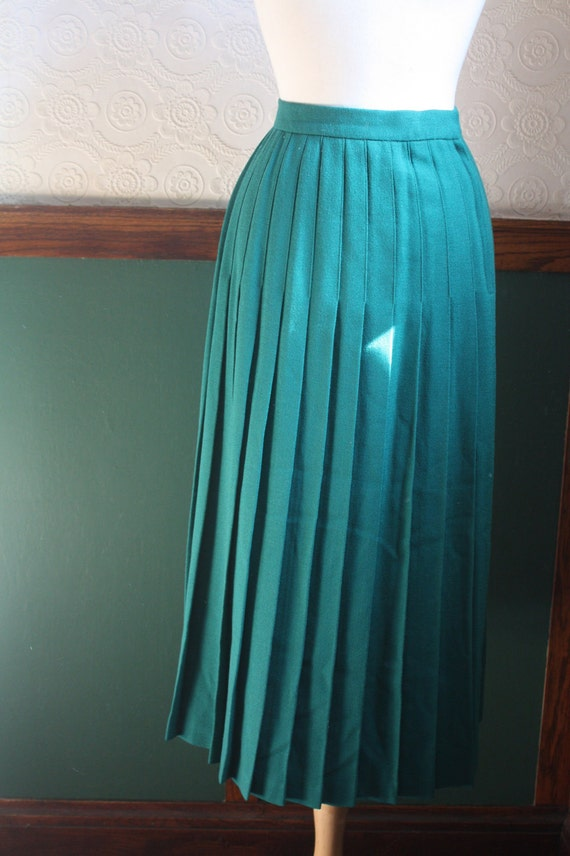 sale vintage 1950s emerald green wool pleated maxi skirt