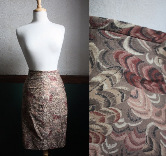Summer Sale - Feather Pencil Skirt - Size: S/M