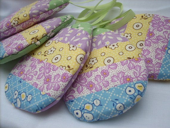 Fabric 1930's Easter Eggs set of 5 pastel spring shades