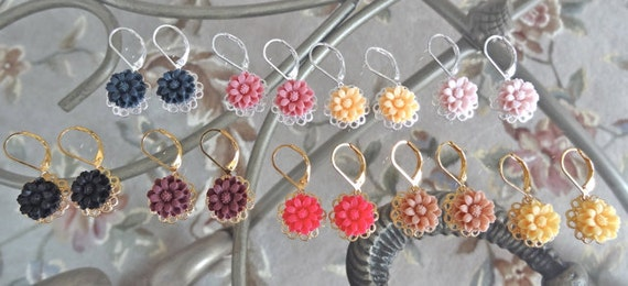 Baby Hanging Blooms - YOUR CHOICE Color Mini Flowers on Gold or Silver Filigrees Lever Back Earrings - Pink, Purple, Yellow, Beige, Black