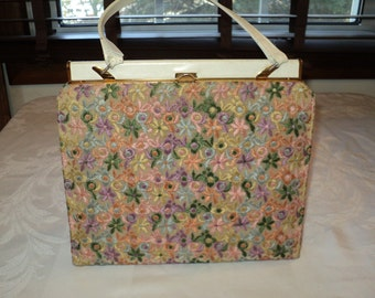 Vintage Floral Embroidered Handbag  Made by Lewis Brothers of Kankakee and Joliet, Illinois in vintage condition