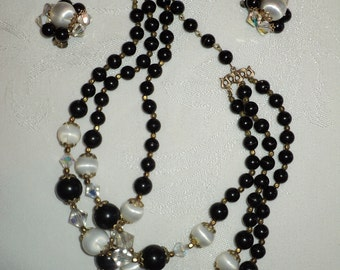 Retro Art Deco Style Jewelry Set, Black Lucite Gems, Faux Pearls and Clear Crystal Necklace with matching Earrings in Very Good Condition