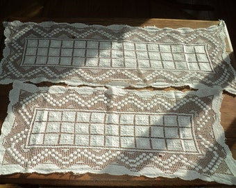 2 Antique Hand Made Lace Crochet Table Runners, A  Matching Set in different lengths, Same  Pattern in Good Condition with wonderful patina