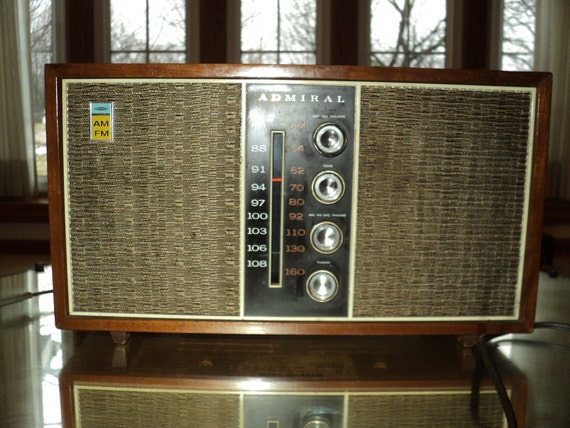 Mid Century Modern Mad Men Style Admiral Radio in wooden case, with cloth covered speakers, Made in Japan