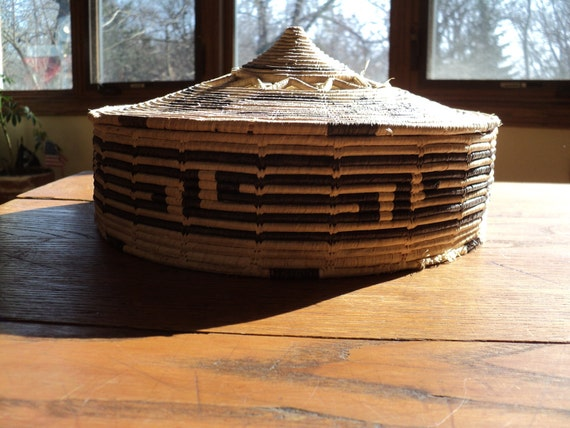 ANTIQUE Southwestern Style, Asian Inspired Black and Tan Straw  Woven Basket, Hand  Coiled  Constructed Reed Basket with Tangine Style Top