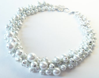 Pearl Necklace, White Pearl Necklace, Bauble Necklace Chunky Necklace, Cluster Necklace, White Jewelry, Bridesmaid Necklace, Bib Necklace,