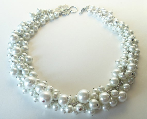 Pearl Cluster Necklace- Bridal Jewelry, Chunky Necklace, Wedding Necklace, Bridesmaids Gift, Custom Jewelry,