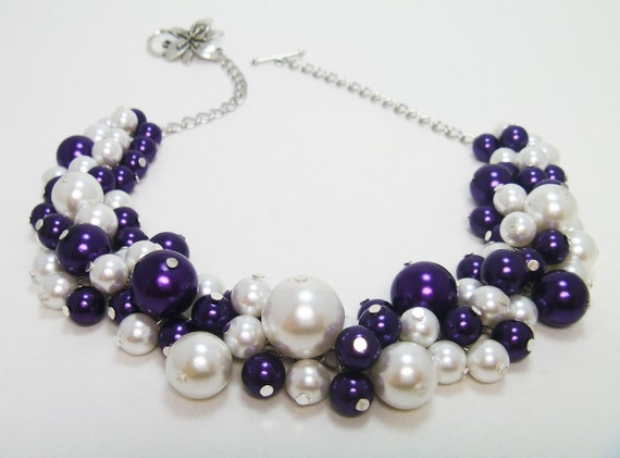 Pearl Necklace, Purple and Whine Cluster Necklace, Purple Chunky Necklace, White Pearl Jewelry, Bridal Pearl Necklace, Bridesmaid Jewelry.