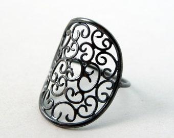 Venetian Ring in Oxidized Sterling SIlver