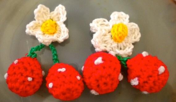 Handmade Crochet Strawberries with Daisies