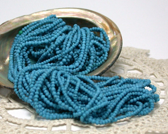 Turquoise Beads, Hand cut Turquoise Bicone Beads SP-040