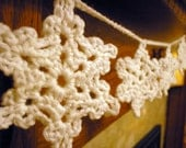 Sparkly Snowflake Garland 1 mtr long