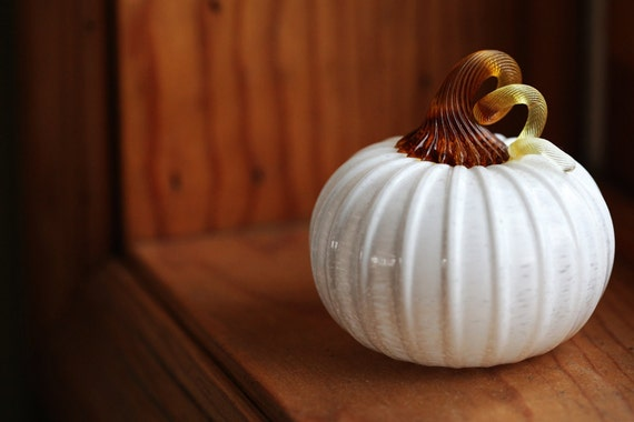 Glass Mini Pumpkin in Glossy Ivory with Amber Stem
