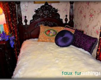 TWIN SIZE WHITE Creamy warm Polar Bear Faux Fur comforter bedspread Sheep Skin Thick Plush Soft lined black satin cozy custom designer
