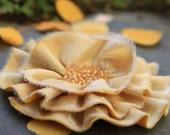 Flower Belt in Vintage Gold and Ivory