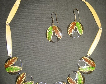 Vintage Hawaiian Necklace and Earrings Hawaii Bamboo Wood  Necklace Hand Carved Leaf  Island Beach Jewelry