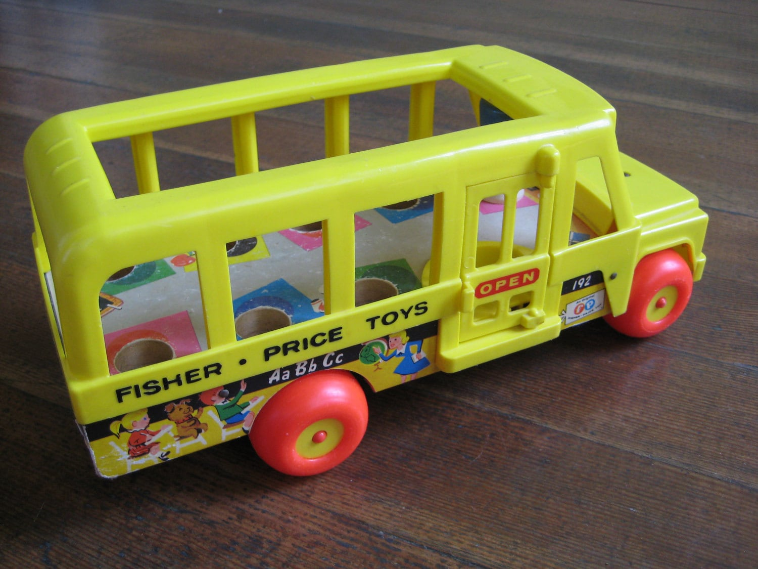 vintage children 39 s toy fisher price yellow school bus. Black Bedroom Furniture Sets. Home Design Ideas
