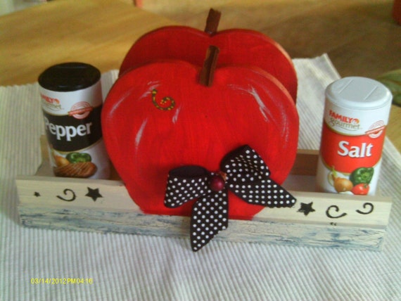 Kitchen Decor, Country/Shabby Chic/Cottage style,   Apple Napkin and S&P holder, wooden, hand painted and decorated
