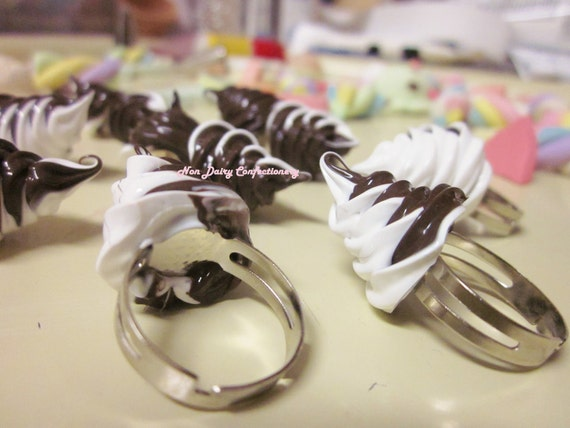 Twisted Choco Vanilla Whipped Cream Rings and Earrings