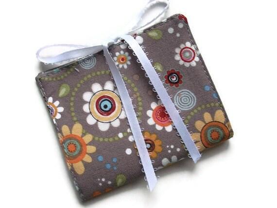 Travel Case, Tea Bag Holder, Fabric Tea Wallet in Funky Flowers