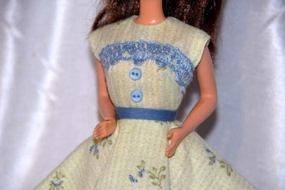 Barbie Clothes - Free Shipping on Green Print Dress in a Retro Style with Full Circle Skirt for Barbie or Similar Doll