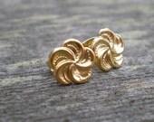 Tiny Spiral Flower Stud Earrings. Vintage. Post Earrings.