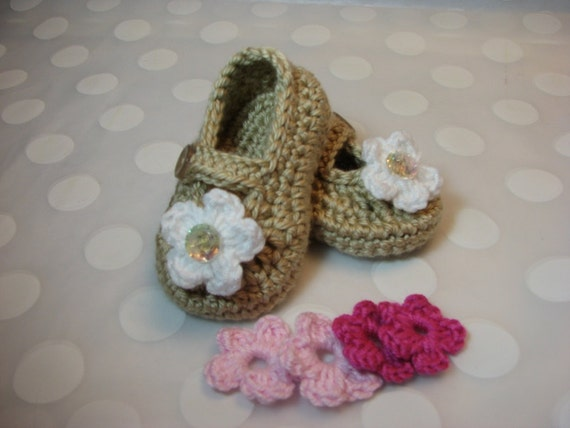 Baby  Infant Girl Shoes  in Tan with 3 sets of Interchangeable Flowers