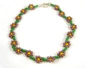Beaded Daisy Bracelet: Purple Seed Bead Bracelet, Floral Jewelry, Spring Fashion UK