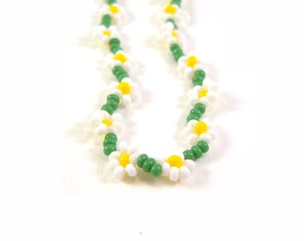 Beaded Daisy Chain Necklace:  Seed Bead Flower Necklace, Daisy Jewelry, UK Seller