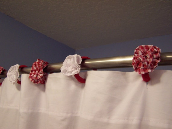 Items Similar To Hooks Shower Curtain Rod Flowers Red White Gingham Eyelet Lace Pretty On Etsy
