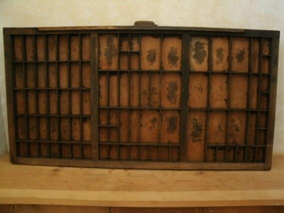 vintage printers type drawer (K)