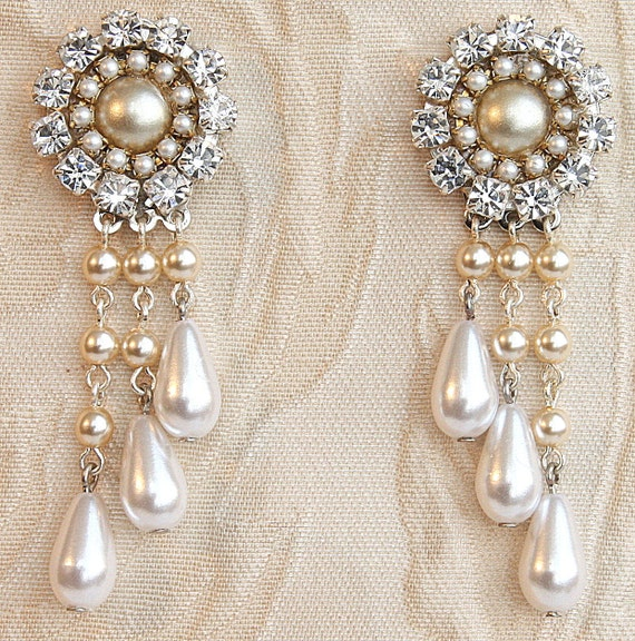 Bridal Chandelier Earrings Victorian Bridal Earrings champagne pearl and rhinestone earrings Drop Pearls Vintage Pearl Earrings Rhinestone