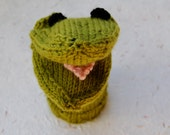 Knit Hand Puppet, green frog puppet, knit animal puppet, knit toy puppet, frog sock puppet, knit frog puppet, frog hand puppet, toy frog