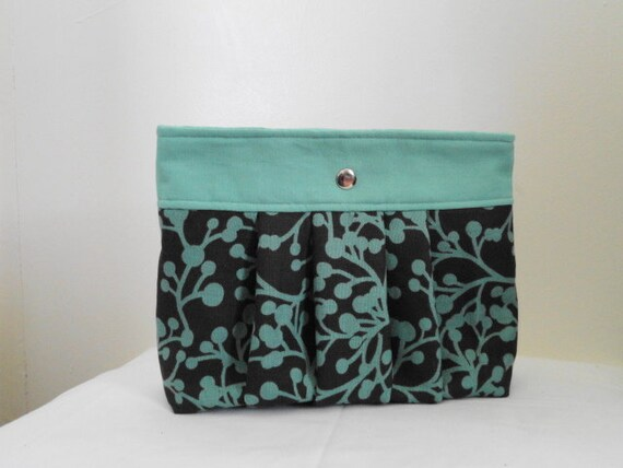 Clutch- Mint and Chocolate Pleated Snap Clutch