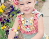 Sweet Lou Lou is an adorable Chunky Bubblegum style necklace with Jewel Pendant...