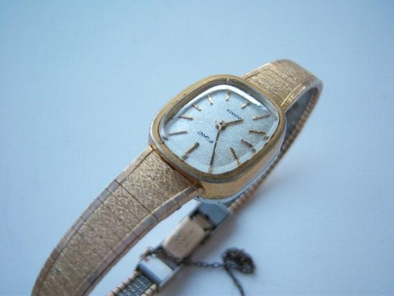 Women's Vintage Gold Watch